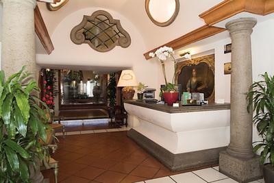 Gruppo Sunflower Hotels - Sole al Pantheon Hotel Roma Hotel a 4 ...